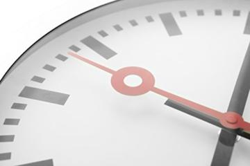 Nextime Station Wanduhr, Bahnhofsuhr ohne Ziffern, Uhr mit schleichendem Zeiger, Aluminium, Ø 35 cm, 3999 - 5