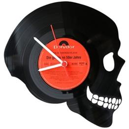 GRAVURZEILE Wanduhr aus Vinyl Schallplattenuhr Totenkopf Upcycling Design Uhr Wand-Deko Vintage-Uhr Wand-Dekoration Retro-Uhr Made in Germany - 1