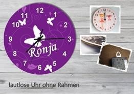 Kinder Wanduhr Kinderuhr Kinderzimmer Uhr mit Namen personalisiert laufruhig leise Schmetterling lila (20.6 cm) - 1