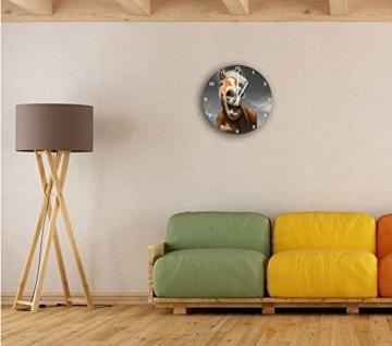 Lustiges Pferd in der Natur B&W Detail, Wanduhr Durchmesser 30cm mit weißen spitzen Zeigern und Ziffernblatt, Dekoartikel, Designuhr, Aluverbund sehr schön für Wohnzimmer, Kinderzimmer, Arbeitszimmer - 2