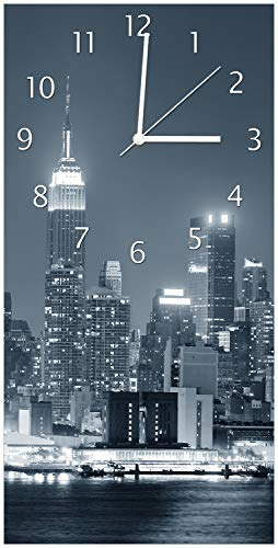 Wallario Design Wanduhr New York Skyline - Schwarz Weiß Blau aus Acrylglas, Größe 30 x 60 cm, weiße Zeiger - 1