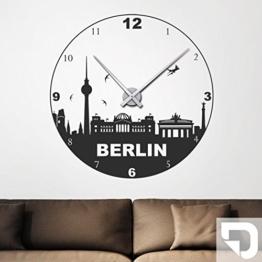 DESIGNSCAPE® Wandtattoo Uhr Berlin, Skyline Wanduhr 50 x 50 cm (B x H) weiss inkl. Uhrwerk schwarz, Umlauf 44cm DW813002-M-F5-BK - 1